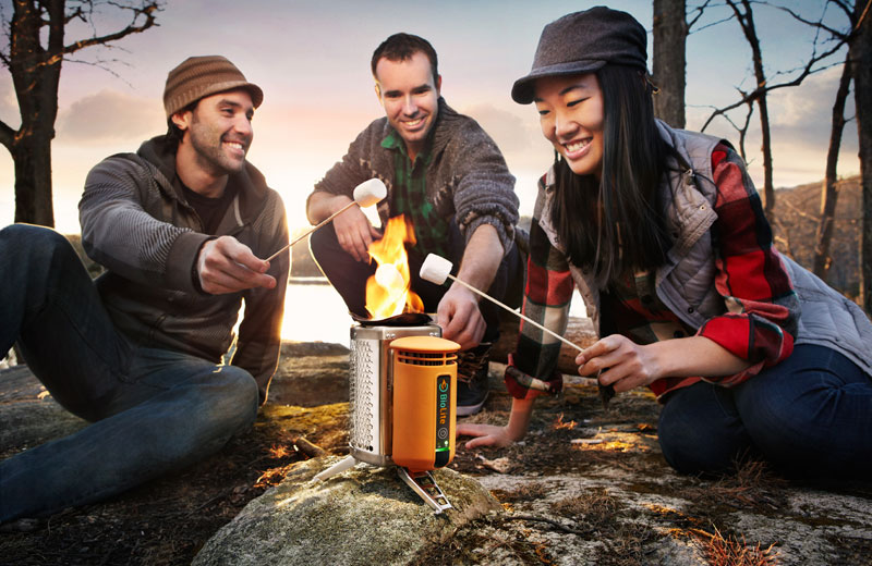 BioLite-Camping-Stove-marshmallows