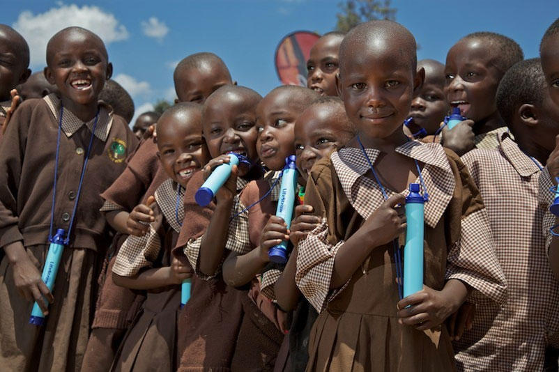 lifestraw-kids-group